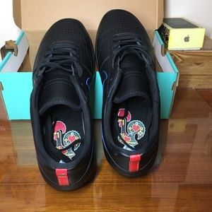 Nike SB team classic black/black -university red
